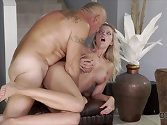 Daddy nicely penetrates his busty spouse after business trip