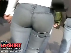 This long haired bimbo has the big butt jeans that everybody in the street can admire